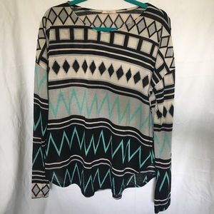 Long sleeve Aztec shirt from lime lush